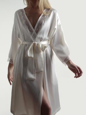 Bata raso elegante puntilla lenceria maternal Exclusiva
