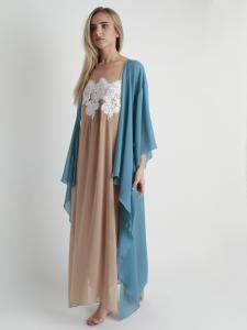 Conjunto Bata turquesa y camisón romántico con encaje floral lenceria maternal Exclusiva