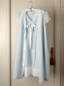 Conjunto maternal bata manga jaretas  y camisón con jaretas en canesú